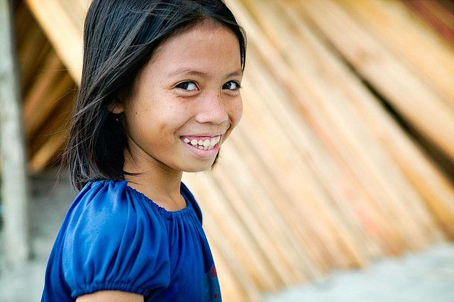 What a cuttie smile of Indonesian girl.