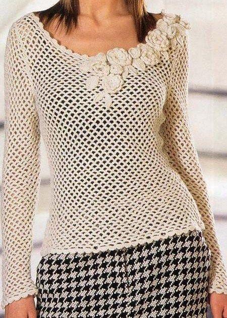Blusa rendada com flores na lateral, em crochê.            ♪ ♪    ... #inspiration_diy GB   http://www.pinterest.com/gigibrazil/boards/