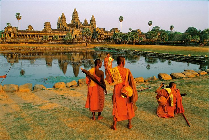 Unique Honeymoon Destinations Around The World That Will Have Your FB Friends Unfriending You (Because They're Jealous) | Angkor Wat Cambodia | Venuelust