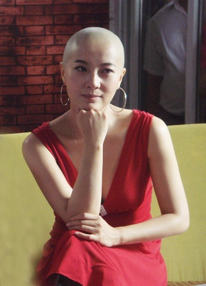 Chinese Actress Shaved The Bald And The Beautiful