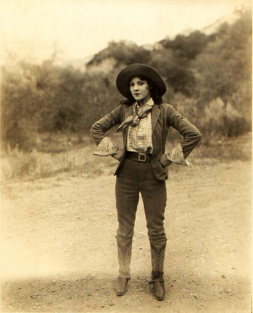 "Olive Borden as Lee Carlton in the 1926 western ""3 Bad Men"""