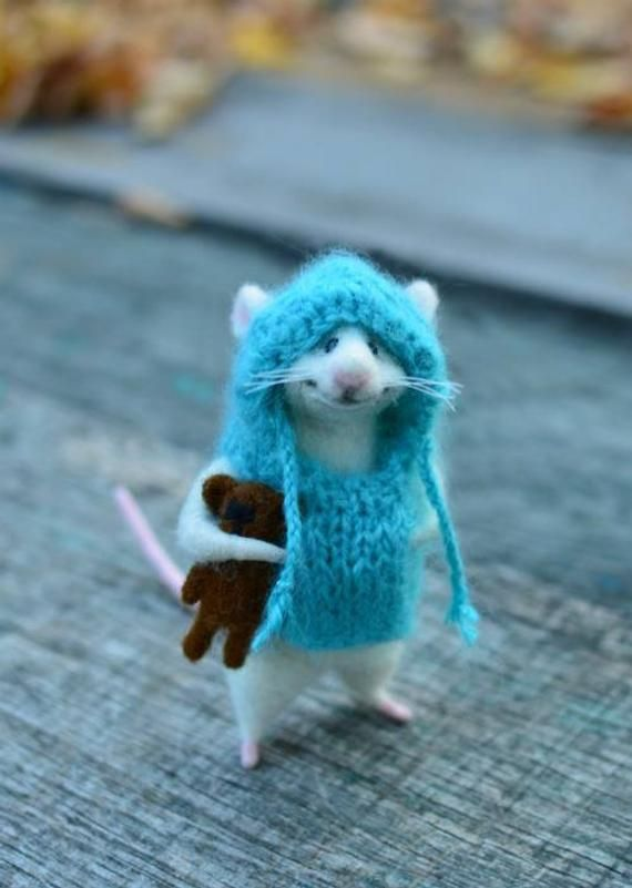 Needle felted wool Mouse in clothes Filz mice Felt animal Mouse in jumpe Miniature mouse White mice