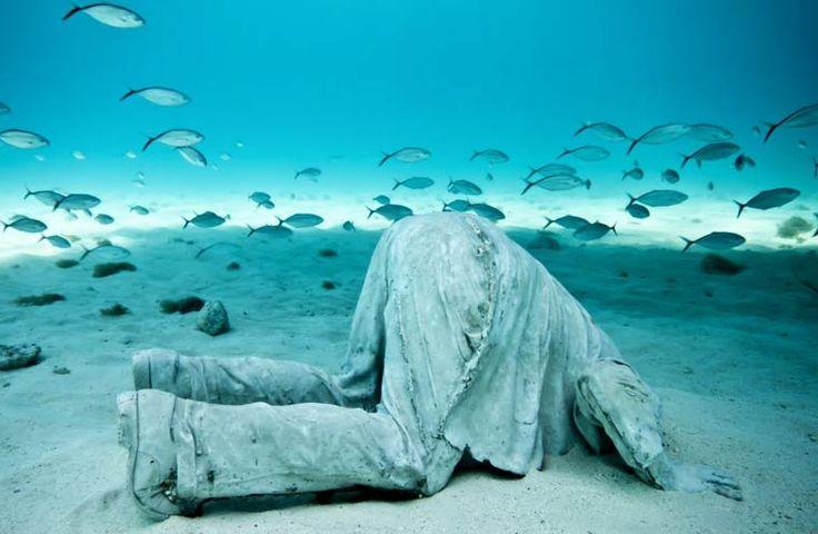 Ocean Atlas – The underwater sculptures of artist Jason DeCaires Taylor
