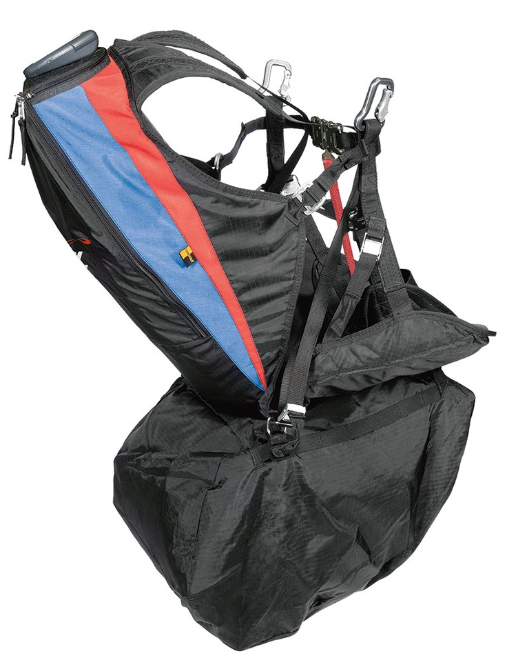 Split Passenger 2 - A harness for tandem flight passengers with support to separated legs, facilitating landing and take-off. #solparagliders #youcanfly #vocepodevoar #paraglider #parapente #harness #selete