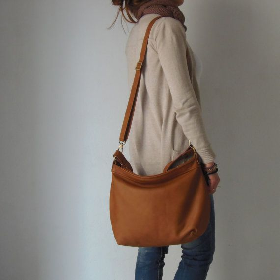 Tan leather hobo bag Leather hobo purse Soft leather by Laroll
