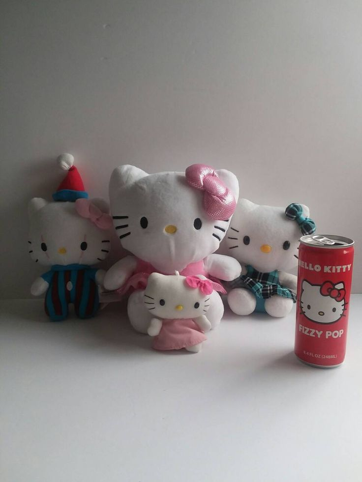 Lot/bundle Hello Kitty, 5 pieces piggy bank,keychain,empty soda can and two beautiful hello kitty plush...everything very good conditions by Rubio99 on Etsy