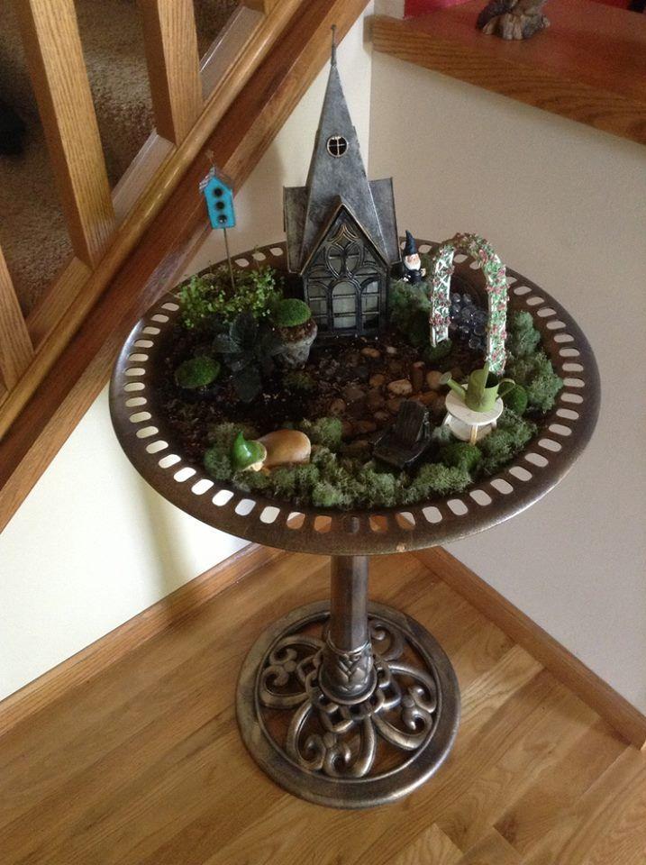 Indoor fairy garden.  I should try this!