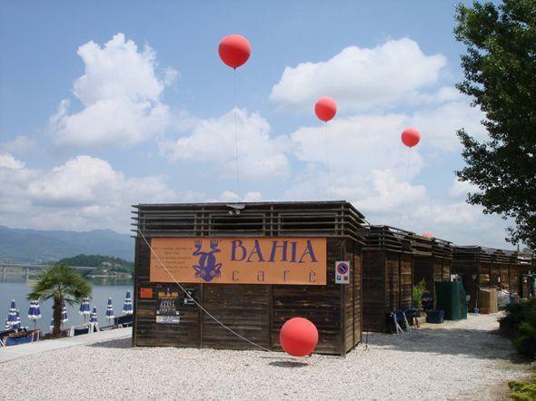 Festa di inaugurazione al Lago del Bilancino per l'apertura della nuova stagione balneare del Bahia Bar
