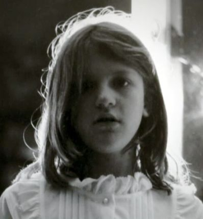 Young Courtney Love (age 5-6)