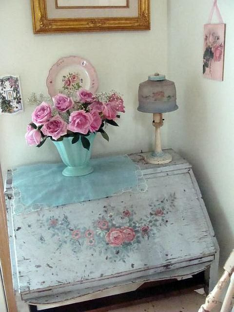 Shabby Desk with Roses by Bluebird Becca,