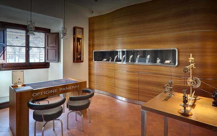 OFFICINE PANERAI BOUTIQUE in Firenze San Giovanni on www.presentwatch.com