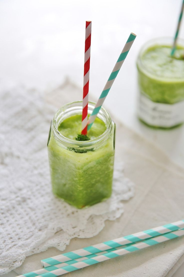 easy simple green smoothie recipe and real life