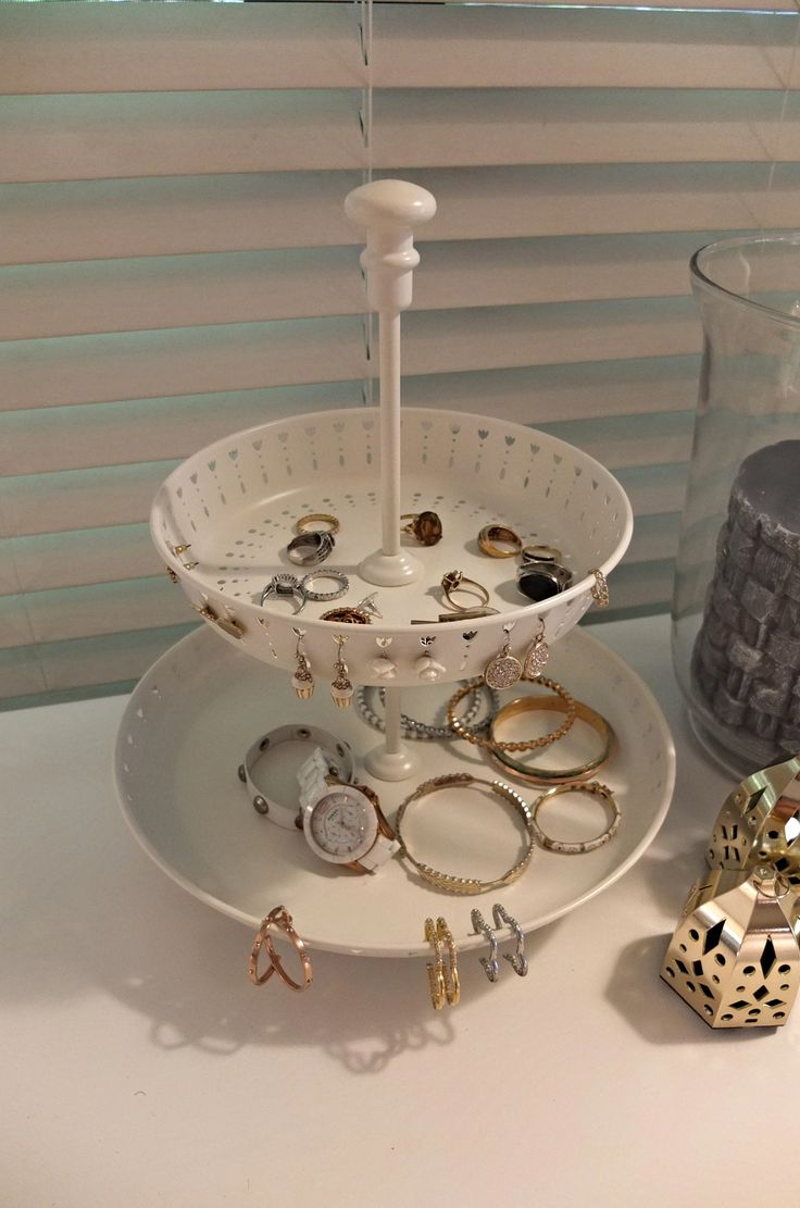 The Squad kept Natalie's jewelry corralled with this GARNERA serving stand. The punched details are a perfect place for earrings.