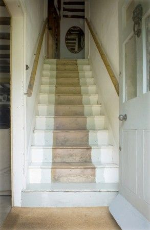 painted stairs -- I am going to do this with my stairs! Love it!