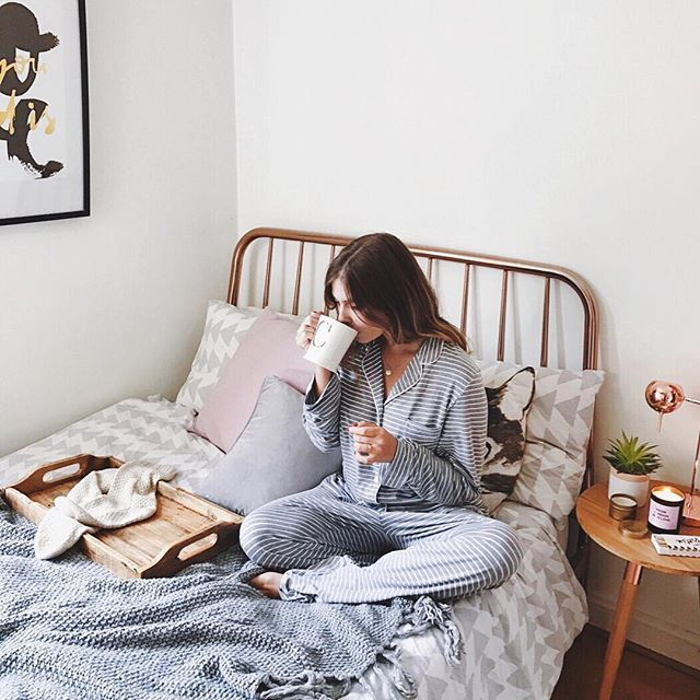 coffee - Gizzy Montalvo - enjoying her coffee on her bed in her comfy jammies - Pinterest - gizzymontalvo ♡