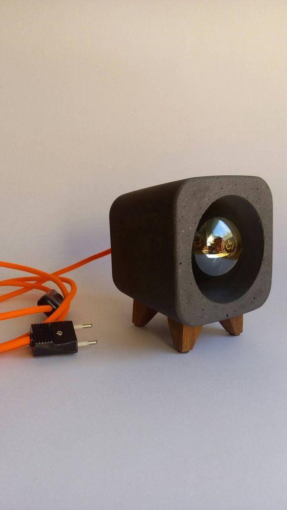 Lámpara de hormigón gris negro. Cable de hilo por Handcraftsquare