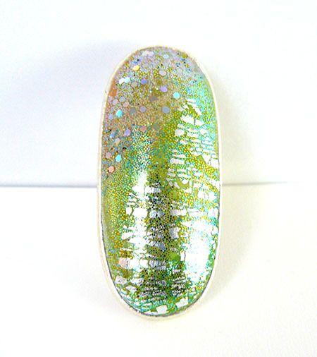Bague réglable en métal argent vieilli et argile polymère beige crème, vert et vert anis avec feuille d'argent : Bague par commeilvousplaira