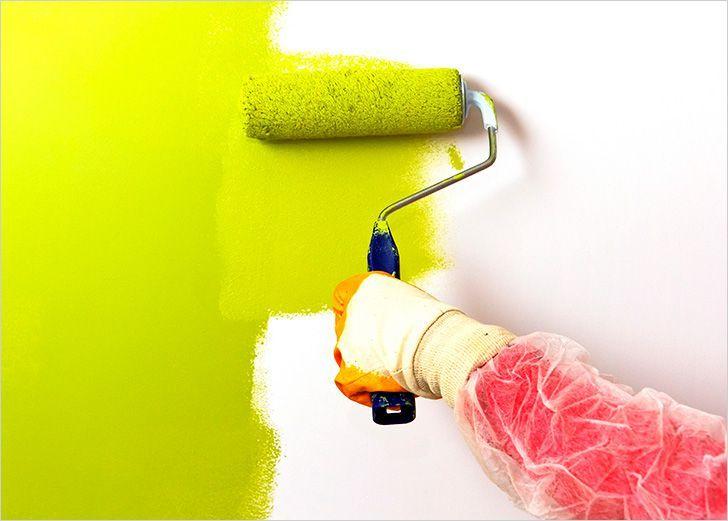 Когда наступает время ремонта, то возникает естественный вопрос: как поступить со стенами и потолком?🤔 Многие отдают предпочтение краске. Краска для стен и потолков сейчас востребована. Такой метод позволяет с легкостью сменить цветовую гамму помещения в любое время. Краска обладает особым преимуществом. Она очень износостойкая. Надоел цвет? Без проблем его перекрашиваете.  Окрашивание стен Вы решили, что не будете заморачиваться оклейкой обоев. Подгонять стыки и рисунок. Прежде, чем…