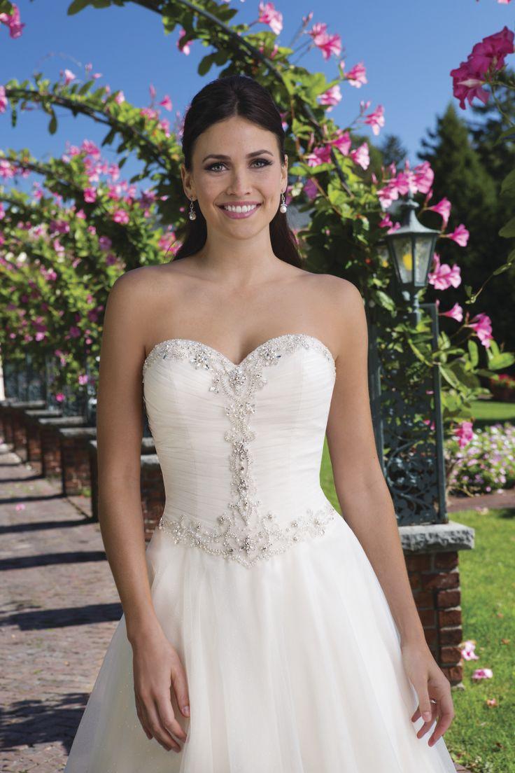 60 best Sincerity 2017 collectie images on Pinterest | Wedding ...