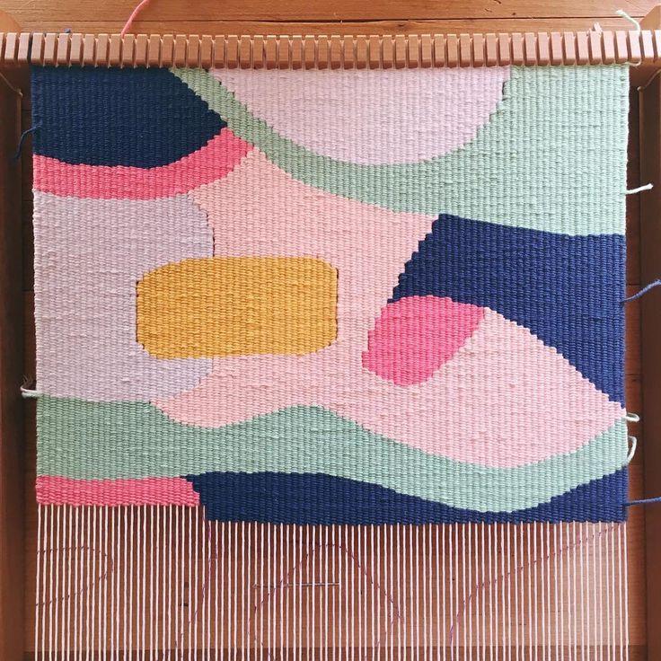 A little #progress 〰 #workinprogress #tapestry #textiles #handwoven #fibreart