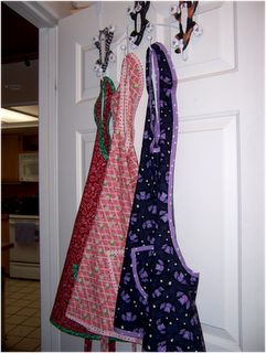 retro apron using 1 yard of fabric