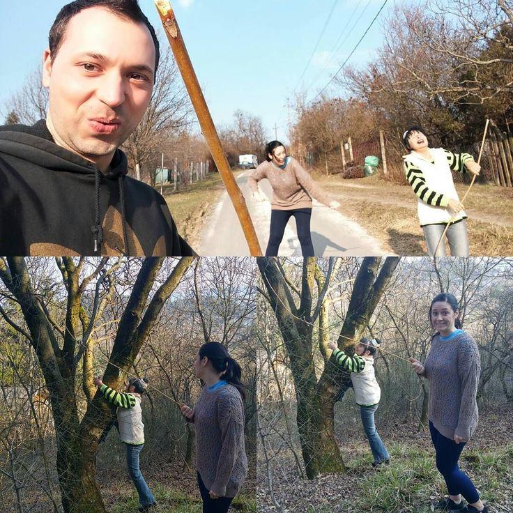 Nagyszerű hangulatban telt a mai kirándulás! :) Botozás famászás sok nevetés és szép idő. :)