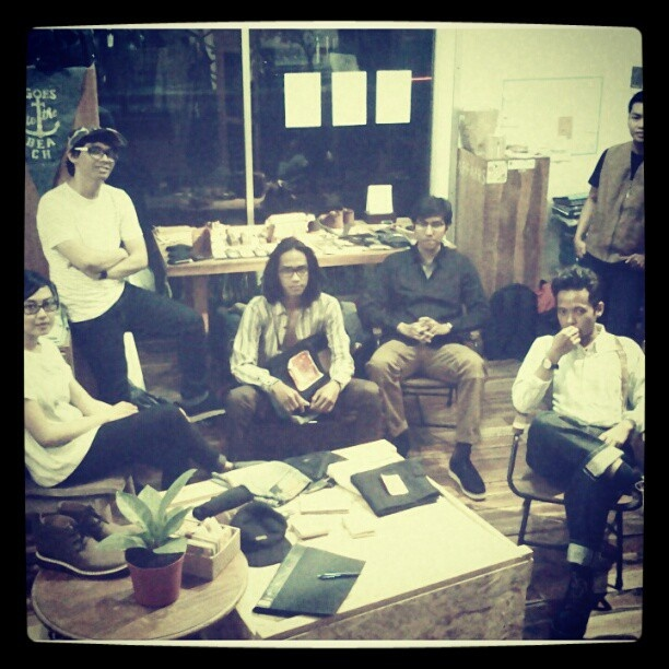 #affairsyk #crew #styling #mensfahion #yogyakarta #instagram #instapic @affairsyk - @affairsyk- #webstagram