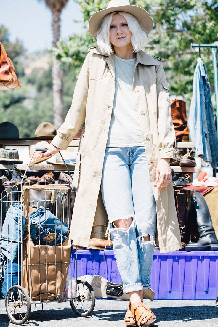 27 Rad Street-Style Snaps From L.A.'s Rose Bowl Flea Market #refinery29  http://www.refinery29.com/2015/05/87815/rose-bowl-flea-market-street-style-pictures#slide-1  Name: Lisa ColeJob: Blogger and Vintage E-Commerce Dealer Cole is wearing a cotton tee with a vintage trench and Levi...