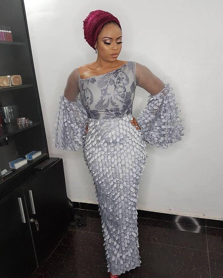 Pretty woman in a pretty dress. Outfit by @fablanebyderin #grey #turban #