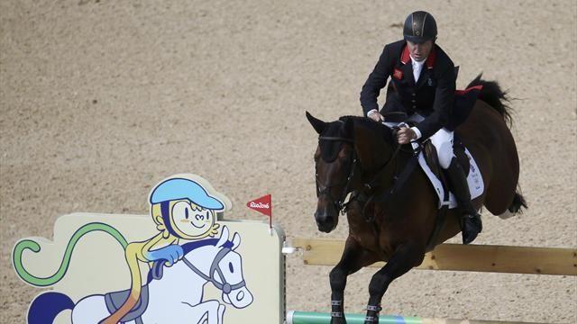 Team GB's Nick Skelton wins show jumping gold on Big Star - Rio 2016 - Equestrian Jumping - Eurosport