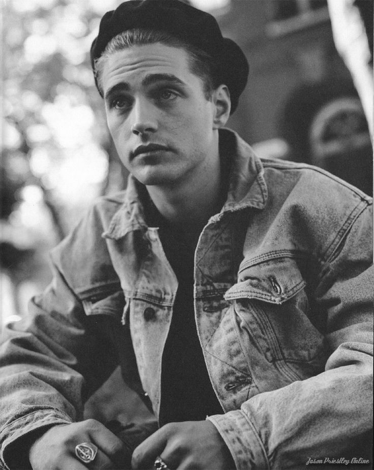 Jason Priestly......dear lord