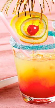 Zu Silvester sollen natürlich auch die Kleinen auf das neue Jahr anstoßen dürfen. Wie wäre es mit dem bunten Cocktail für Kids aus dem REWE Rezept? » https://www.rewe.de/rezepte/alkoholfreier-cocktail-kinder/