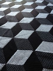 Free pattern. Blanket. Optical illusion. Ravelry: diamond blanket pattern by Jellina Verhoeff