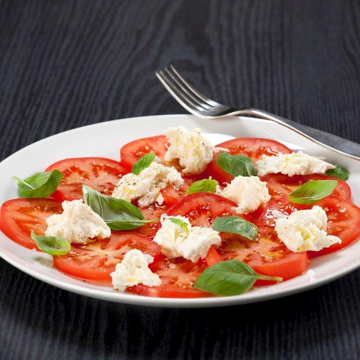Caprese – tomatsalat med frisk mozzarella og basilikum