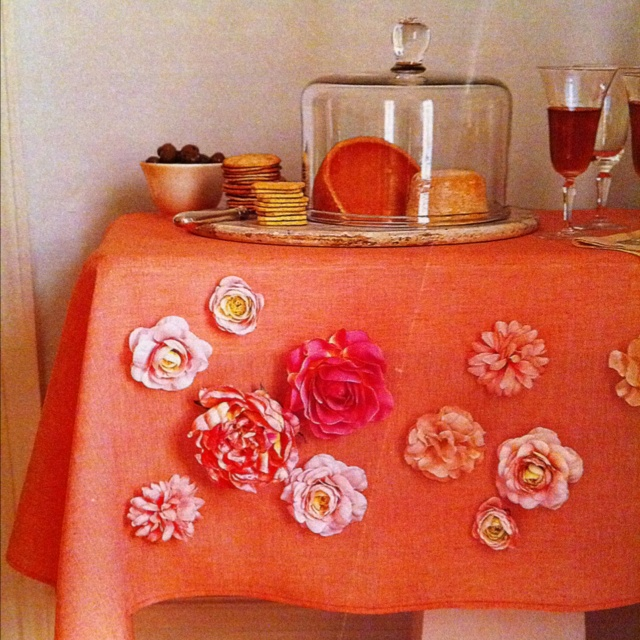 Magnetic flowers on tablecloth