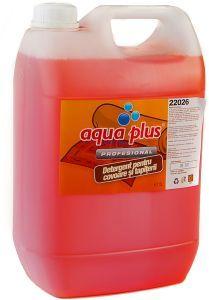 Aqua Plus Detergent profesional special conceput pentru curatarea covoarelor fara a afecta culorile.