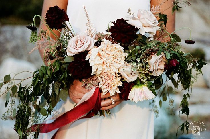 Donnell Vista Adventure Elopement: Sharice + Kyle - Dawn Kelly Photography Blog  Gorgeous flowers full of Dahlias! I absolutely love it. By Wildbud Creative in Sonora, California.