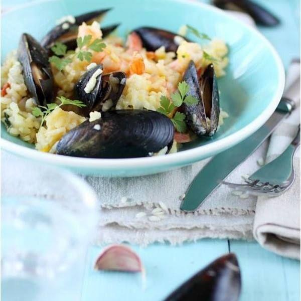 Συνταγή με άρωμα καλοκαιριού! Μανέστρα με μύδια, ντομάτα και φέτα http://www.thecookbook.gr/article.asp?catid=28288&subid=2&pubid=63766323