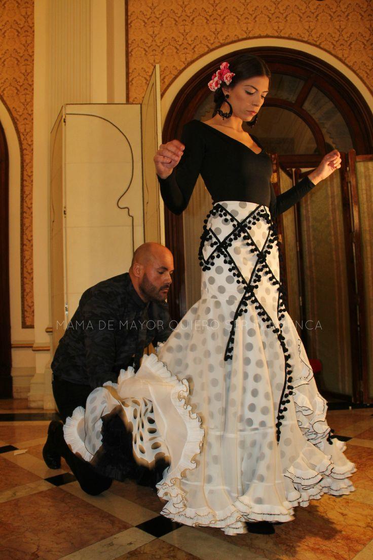 REVUELO – Cañavate · We Love Flamenco   por Elena Rivera · Mamá de Mayor Quiero Ser Artista.