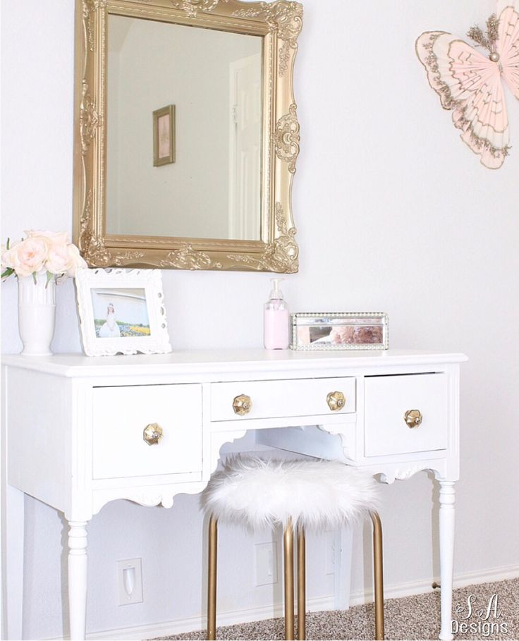 With some higher end pieces, bargain finds and some vintage treasures, this little girl shabby chic bedroom became a fabulous Tween Girl Bedroom Makeover!