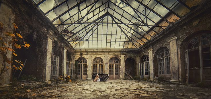 #model #abandoned #session #beauty #palace #Poland #photography #photoshot