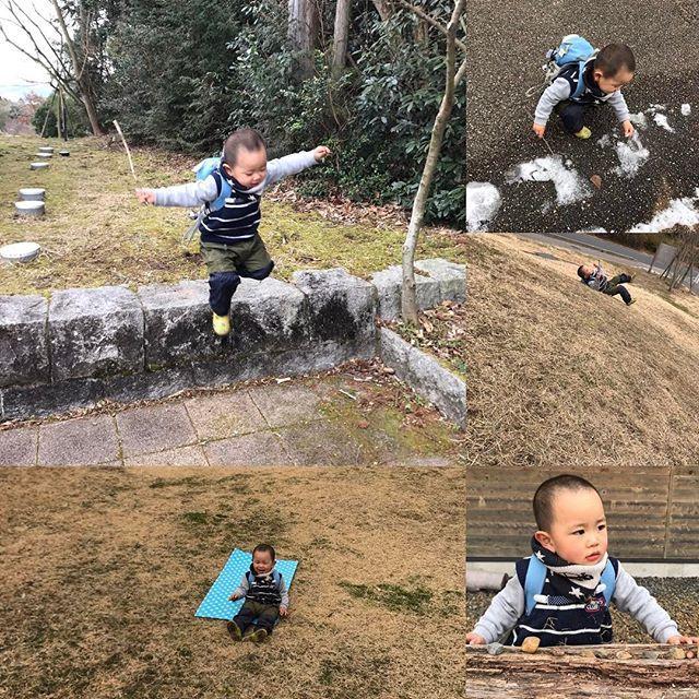 【saku.syou.ya】さんのInstagramをピンしています。 《冬の森に「森のわらべ・親子組」に行ってきたよ⭐️今日は気分が乗らずに『イヤイヤ』を言いっぱなしの翔弥はみんなと別行動。母ちゃんと2人でジャンプに雪ツンツン・芝生をゴロゴロ&滑り台・お店やさん と満喫❤️みんなと一緒じゃなくても大丈夫子供の心に寄り添って❤️無理なくいれる親子組は大切な居場所。お弁当タイムからはみんなと一緒過ごす事が出来て、母ちゃんもみんなとお喋り出来て嬉しかった。  #自然育児 #森のわらべ  #多治見園 #親子組 #森 #いやいや期 #外遊び #ジャンプ #雪ツンツン #芝生ゴロゴロ #芝生滑り台 #お店やさん #満喫 #子供の心に寄り添う #お弁当 #嬉しい》