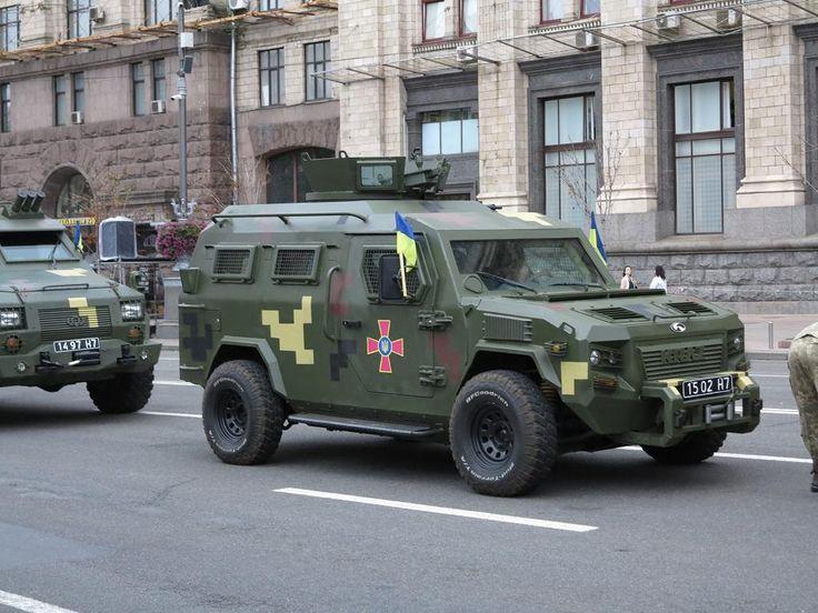 День Независимости: бронеавтомобили КрАЗ на выставке в Киеве - Автоцентр.ua
