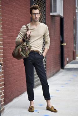 .Fashion Men, Men Clothingapparel, Fashion Clothing, Guys Fashion, Shoes Fashion, Men Style, Men Fashion, Men'S Fashion, Brown Sweaters