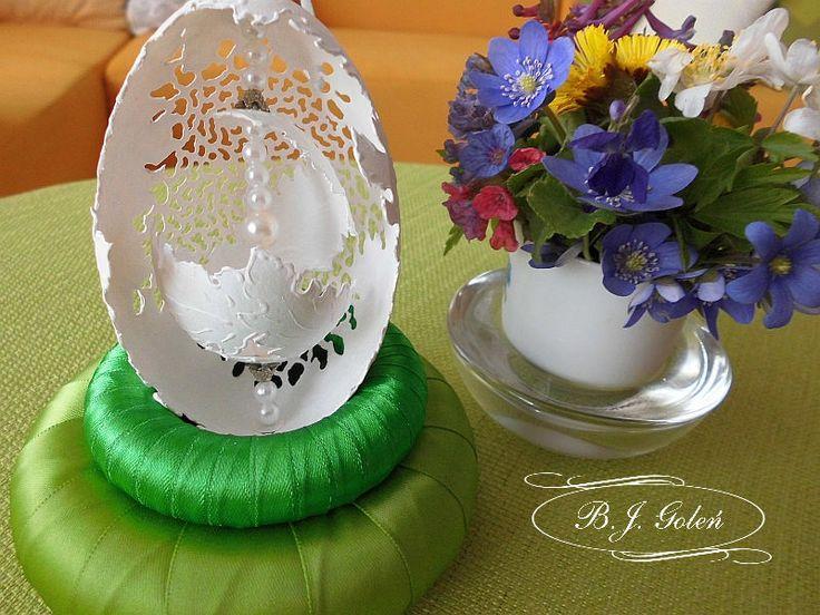 ażurowa pisanka - BJGoleń egg carved in Poland easter wielkanoc Poniatowa gęsie pisanki haft Richelieu ażurowe jajka skorupki eggshell
