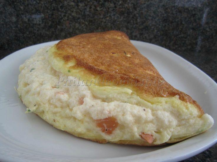 Omelette soufflée au saumon fumé