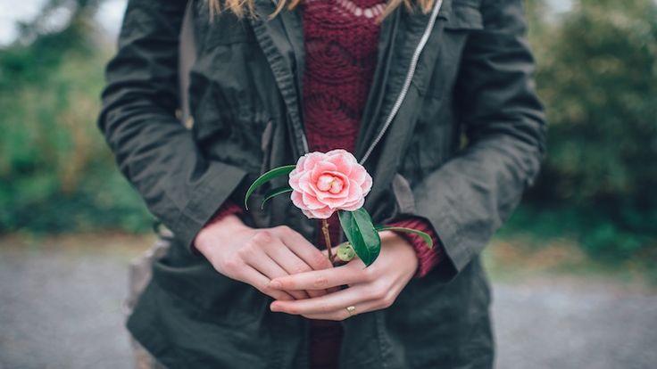 Της Βικτώριας Καρυπίδου. Κατά τη Διαδικασία της Ενσωμάτωσης, έχει σημασία να περνάμε στην αυτοπαρατήρηση μέσα από την ενεργοποιημένη συνειδητότητά μας κι όχι στην αυτοκριτική.