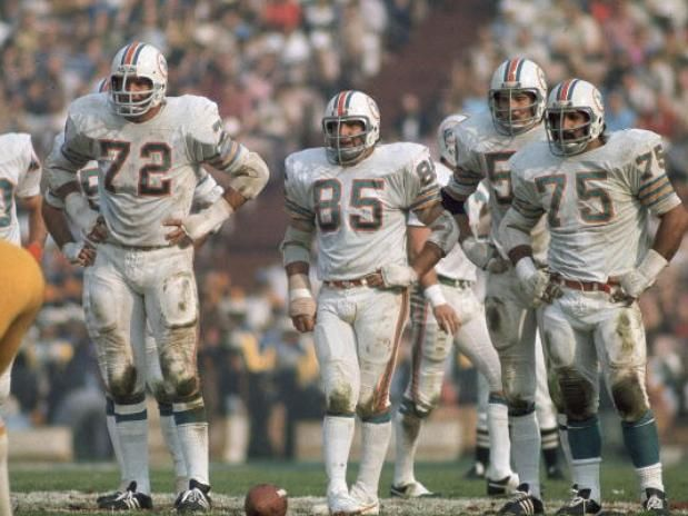 Miami Dolphins defense - Super Bowl VII against the Redskins (1973)
