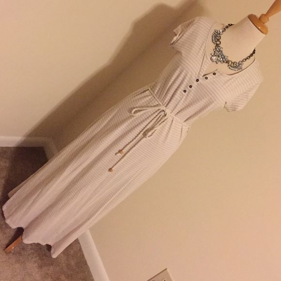 Khaki tan cream nautical maxi dress Super chic super comfortable. Perfect for a cruise Dresses Maxi
