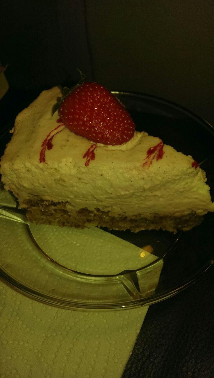 Rabarber-jordbær cheesecake